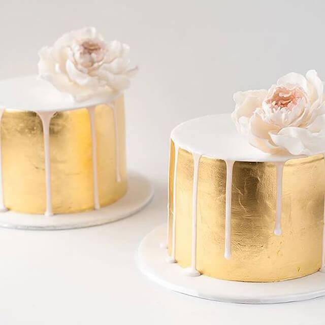 Bánh cưới phủ vàng độc đáo