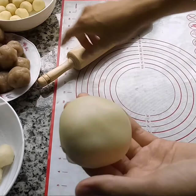 cách làm bánh pía tại nhà