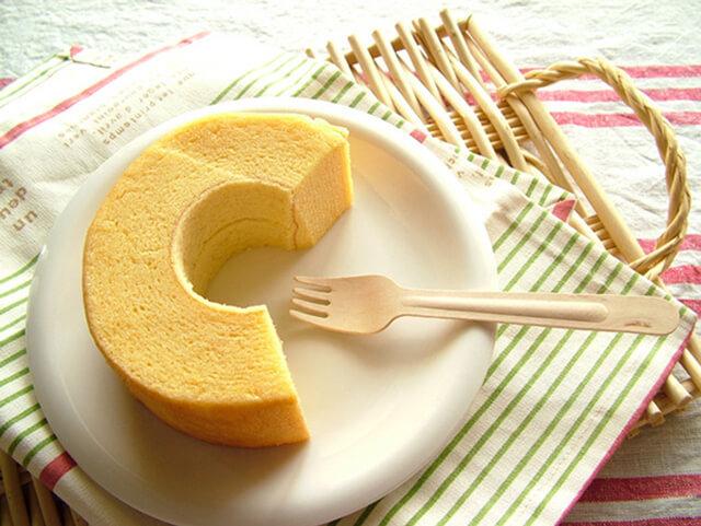 Bánh bông lan ngàn lớp Nhật Bản