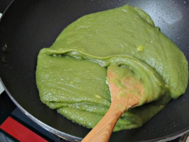 Cách làm bánh trung thu vỏ trà xanh