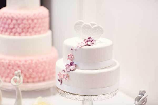 Bánh cưới 2 tầng